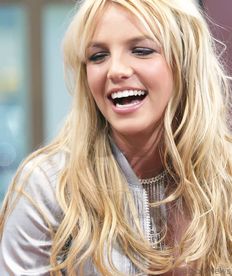 [Image: britney-spears-2011.png%3Fw%3D336%26h%3D400]